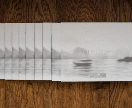 https://www.my-blackbook.ch/wp-content/uploads/2019/02/3-INSIDE-VIETNAM-Schuber-und-Artist-Books-550x450.jpg